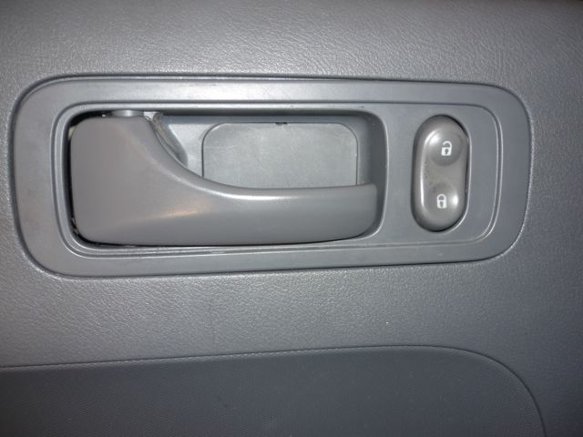 Service manual 2011 honda element driver door panel removal service manual remove 2005 honda for 2001 acura cl interior door handle